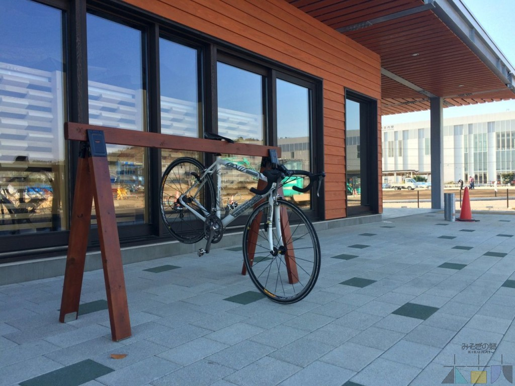 HP_20151116_cyclestand1